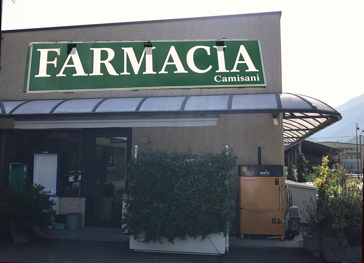 Pressa B3 e portasacchi il caso Farmacia Camisani